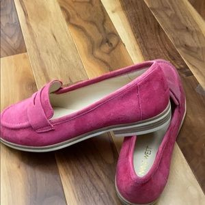 Nine West  pink suede shoes size 5.5